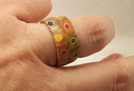 One pencil ring