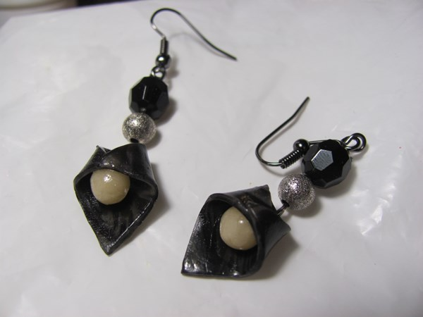Earrings from polymer clay own hands, master class with photo. We make earrings from polymer clay (plastics)